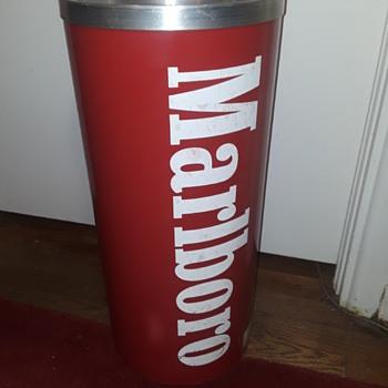 MARLBORO branded red plastic smoking stand/ashtray - Tobacciana