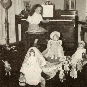 "1949 - ""Childcraft"" - Girls with Dolls Photographs - Books"