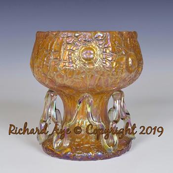 ORANGE ASTGLAS MIT ZICKZACK AUFLAGEN 1900 - Art Glass