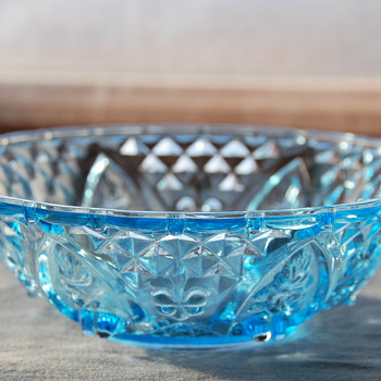 """Aqua Blue KIG Indonesia """"Fleur De Lis"""" Bowl - Glassware"""