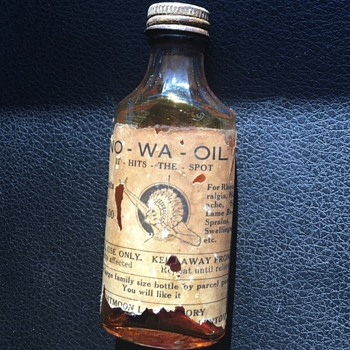 Na-Wa-Oil medicine bottle