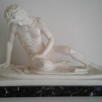 Gaul Dying, figurine - Santini - Fine Art