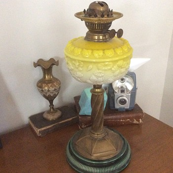 Antique Oil Lamps | Collectors Weekly
