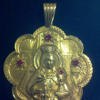 gold mary pendent - Fine Jewelry