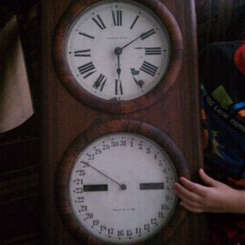 Any info on this style clock? - Clocks
