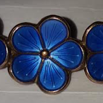 Art Nouveau Enamel on Silver Scandinavian Guilloche Brooch - Costume Jewelry