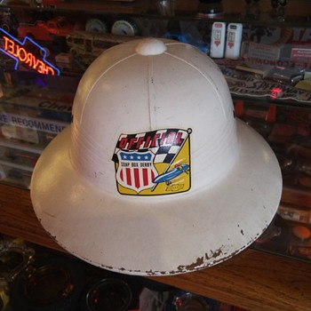 Officials pith helmet - Classic Cars
