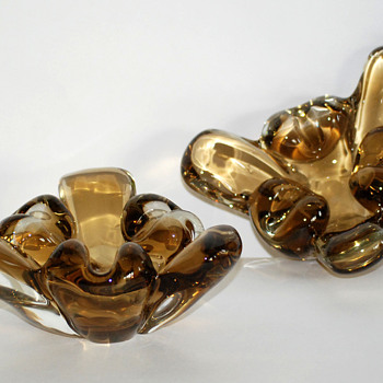 Pair of Art Glass Ashtrays or Flower Bowl - Art Glass