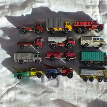 I HAVE 16 MATCHBOX MODELS FROM THE 1960's - Model Cars