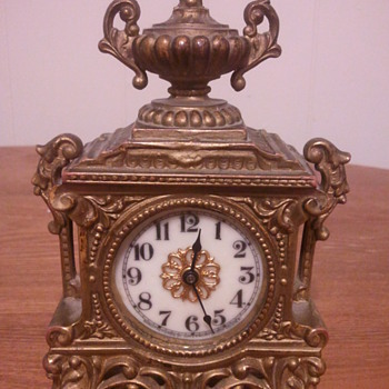 What is this clock? - Clocks