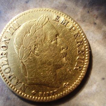 A Gold French 10 Franc coin (Napoleon era) - World Coins