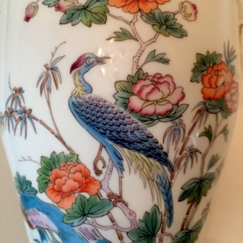 "Wedgwood ""Kutani Crane"" Urn - China and Dinnerware"