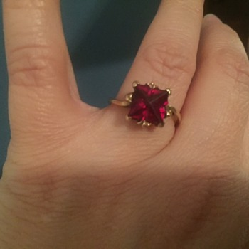Garnet or Ruby? - Fine Jewelry