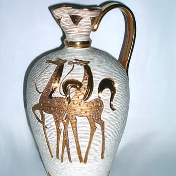 Elbee Italian Golden Horse Pottery Jug - Pottery