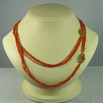 Pair of Regency Period Coral Necklaces with Conjoining Gold Clasps - Fine Jewelry