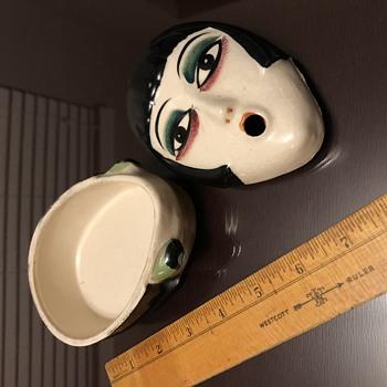 Need help identifying! - Pottery