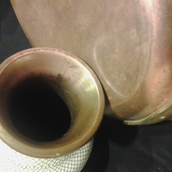 Unknown copper vase (but the bottoms brass?)
