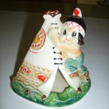 ceramic tee pee ash trey - Tobacciana