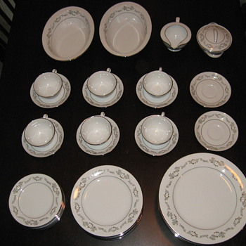 """Noritake """"Leonore"""" - China and Dinnerware"""