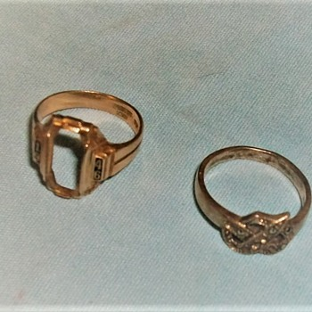 GOLD RINGS - Gold