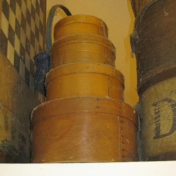 New England Shaker Oval Wood Box Stack Primitive - Folk Art