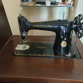 Singer Machine - Sewing