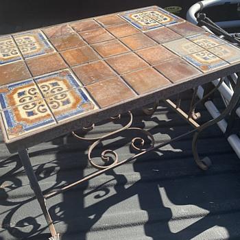 Vintage Mission tile table - Pottery