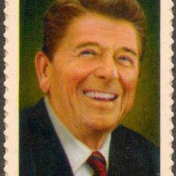 2005 - Ronald Reagan Postage Stamp (US) - Stamps
