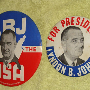 Lyndon Johnson Political Buttons. - Medals Pins and Badges