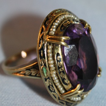 14k Gold Ring Very Large  Amethyst And Seed Pearls - Fine Jewelry