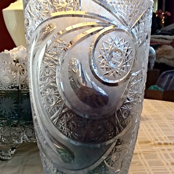Lead crystal bowl and vase - Glassware