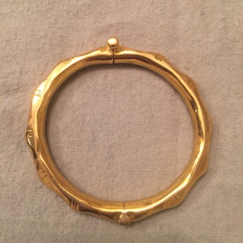Gold bamboo bracelet with screw lock closure