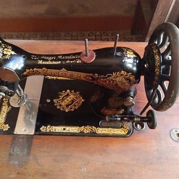 Singer 1898 - Sewing