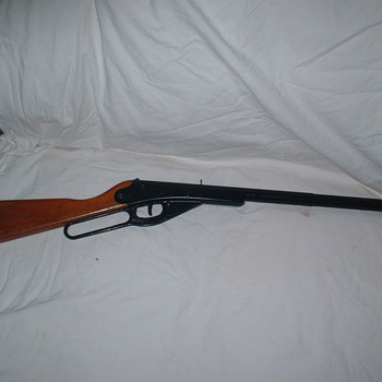 Daisy BB Gun - Sporting Goods