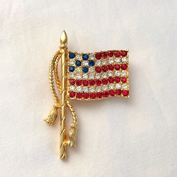 Flag Brooch! - Costume Jewelry
