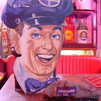 Standard Oil Attendant Cutout...Standard Oil Attendant Hat - Petroliana