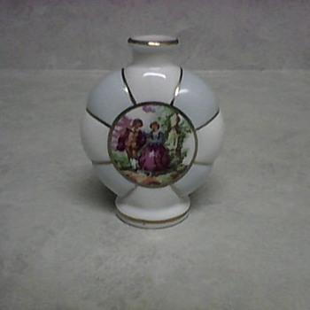 IRICE VASE - Pottery