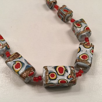 OLD BEAD NECKLACES - Costume Jewelry
