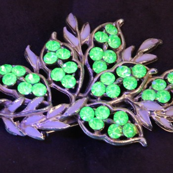 Brooch with Vaseline Glass Gems - Costume Jewelry