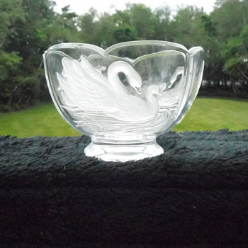 Crystal Swan Candy Dish - Art Glass