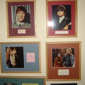 John Lennon autographs... - Music Memorabilia