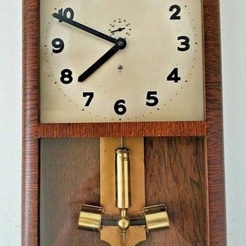1925 - 28, HAC Licensed ATO Box (or Wall) Clock - Clocks