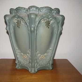 Pottery art Noveau - Art Nouveau