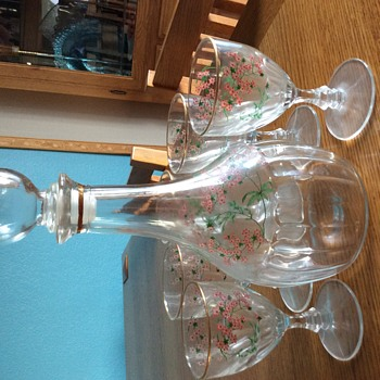 Fidenza Italy decanter/glasses