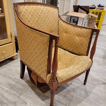 What's the history of this chair? - Furniture