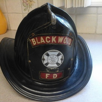 Cairns Blackwood NJ Fire Helmet - Firefighting