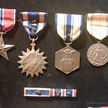 29 Year's Of Medals. - Military and Wartime