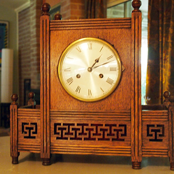 Large German Oriental/Moorish Clock with Latticework and Finials, 1915-25 - Clocks