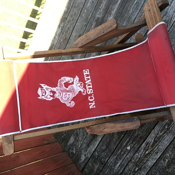 NC STATE WOLFPACK CANVAS CHAIR  - Furniture