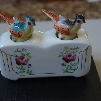 Porcelin Pheasants Rocking Salt & Pepper Shakers - Kitchen